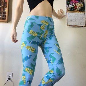 LuLaRoe Pants - Lularoe Feather Leggings Baby Blue Gypsy legs